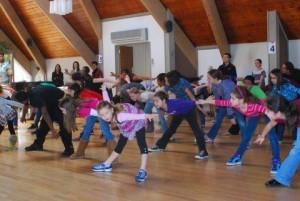 Bollywood - Diwakar Performing Arts Group - Dance Fest International 2012