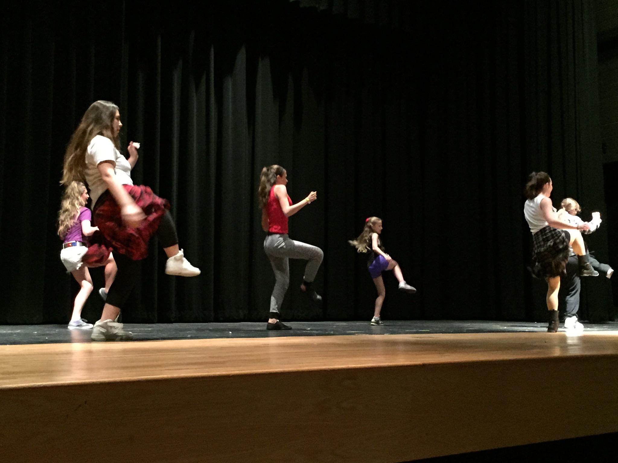 Freestyle Dance Academy girls hip-hop dance class